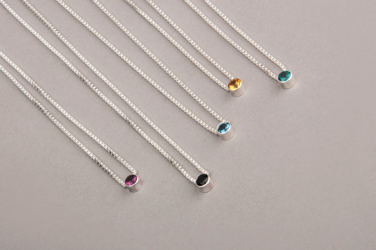 EVERYDAY GEMSTONE NECKLACE