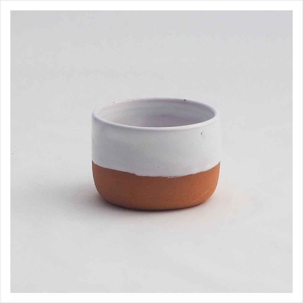 SMALL TERRACOTTA CUP - WHITE