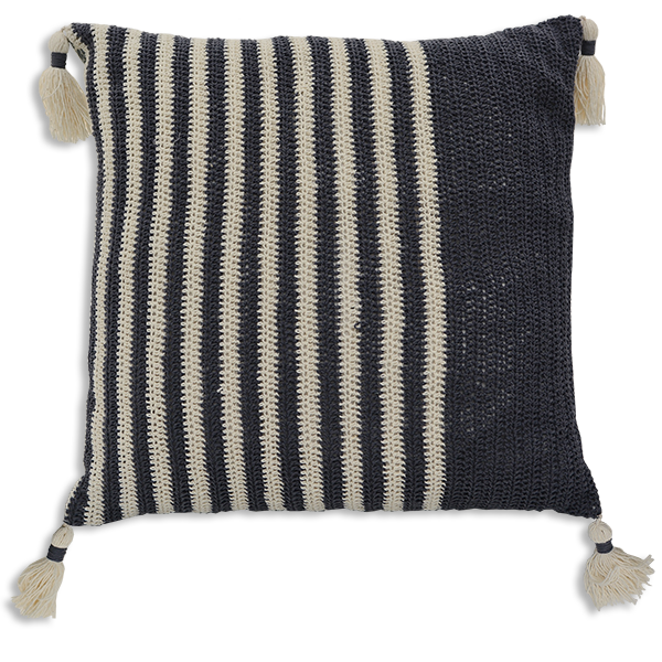 CUSHION CROCHET GREY – WIDE STRIPE