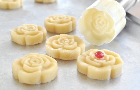 Flower Blossom Shaped Cookie Stamp Press