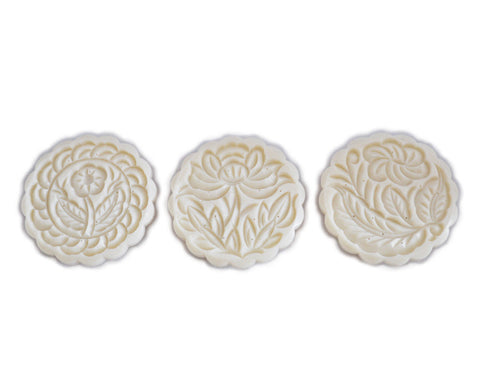 Round Mooncake Mold with 3 Pattern Plates