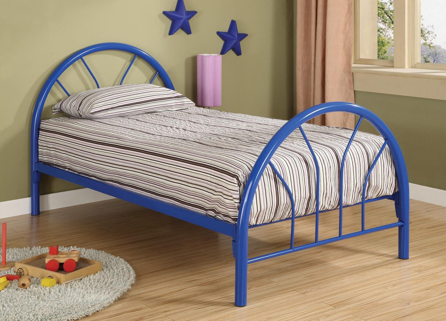 Round Metal Twin Bed in blue