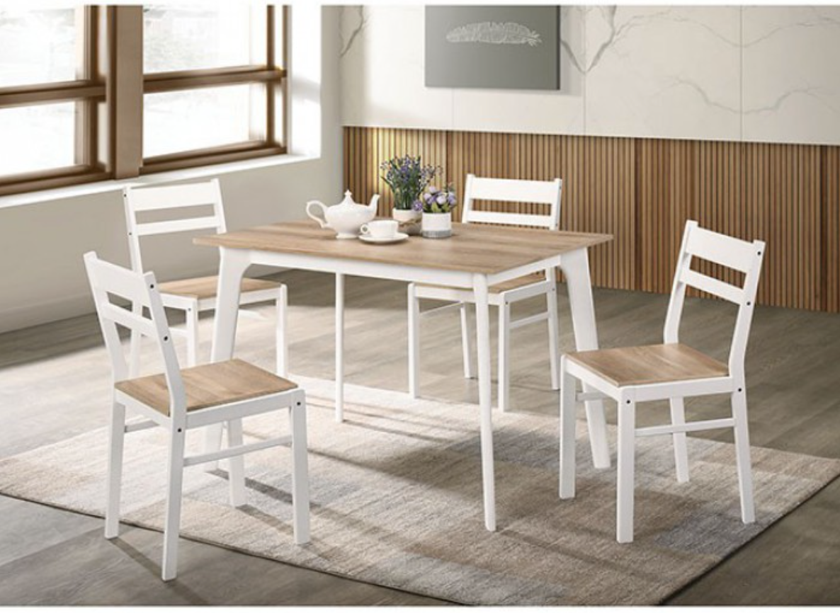 Debbie 5 Piece Dining Set In Light Wood