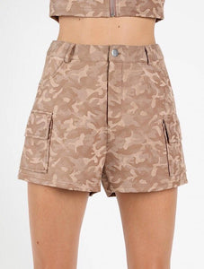 Camo is an essential for every season. Add these shorts to your wardrobe and pair with a plain black or white tee for an effortlessly fashionable look. Super soft material so you will stay comfy all day.