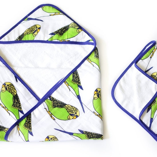 Oliver + Kit Little Birdie Towel Set