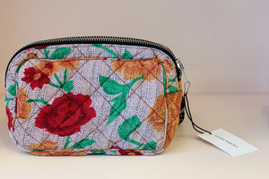 Rose Dot Medium make-up bag