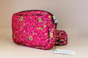 Floral Medium make-up bag