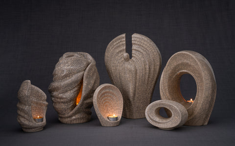 Artisan urns for ashes by Pulvis Art Urns