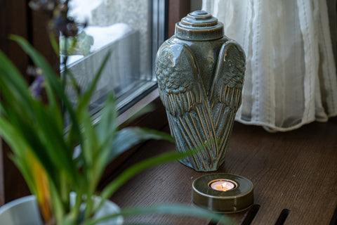 "Handmade Cremation Urn for Ashes ""Wings"" - Large 