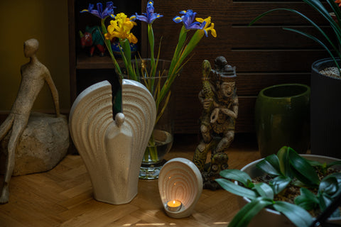 """Guardian"" set of ceramic urns for ashes by Pulvis"