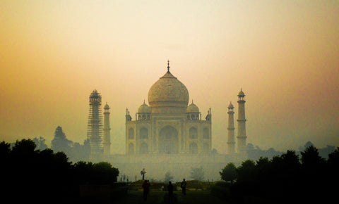 India Tadj Mahal - photo from the blog by Pulvis Art Urns