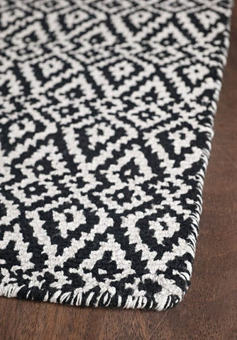 Hook & Loom - OSLO Black and White Rug