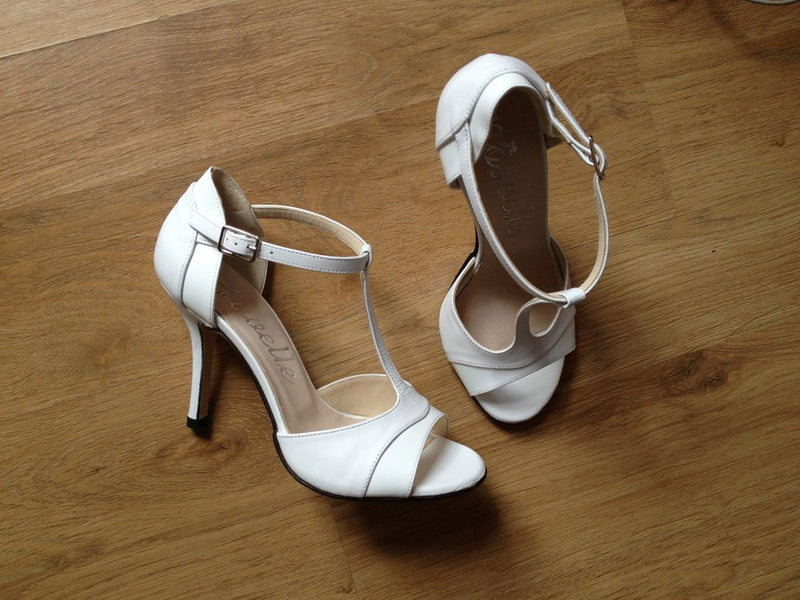 Elegant White Leather High Heeled Ladies Shoes