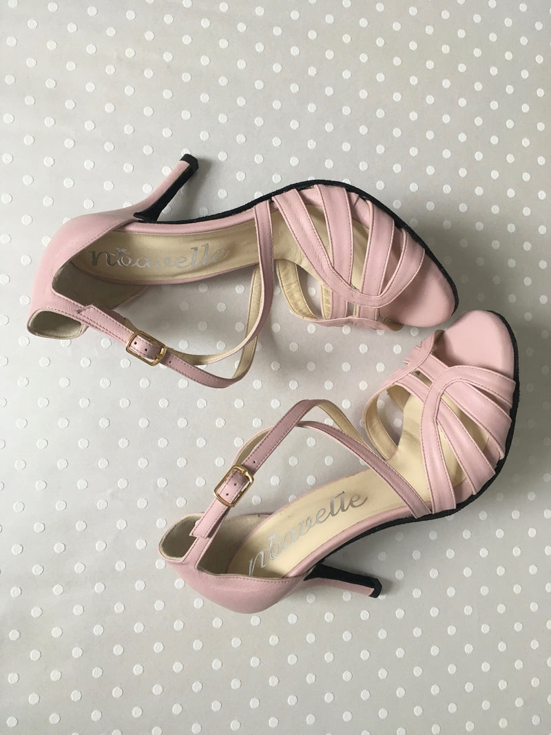 comfortable blush pink leather high heeled tango shoes