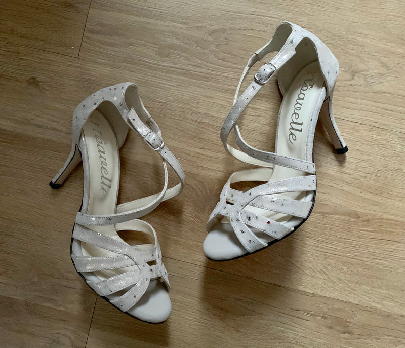 comfortable beige and gold detail high heeled dance shoes