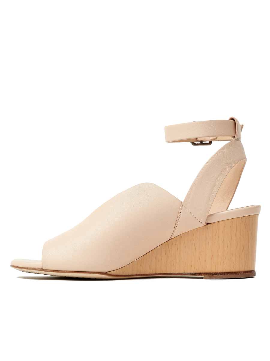 Isha Wedge