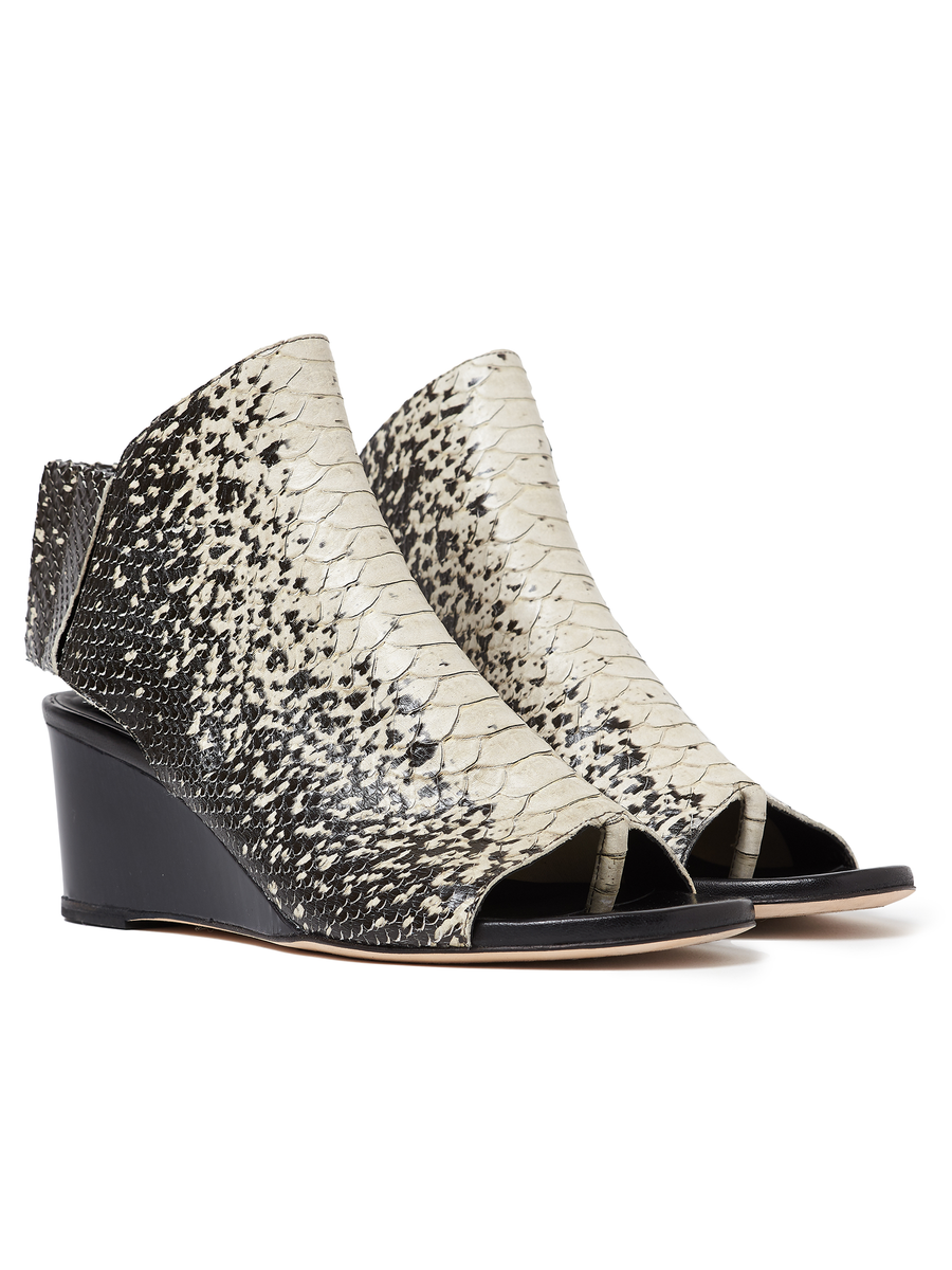 Lilu Wedge