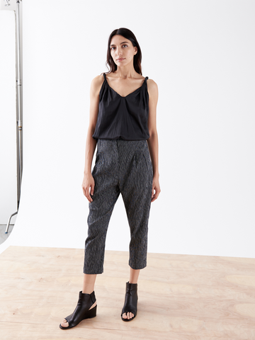 Pleat Crop Pant