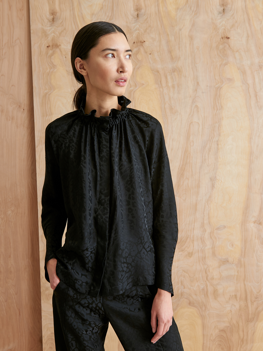 Long-Sleeved Ram Gaban Top