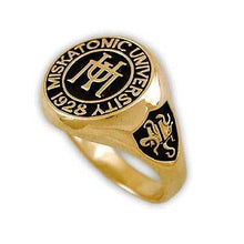 Load image into Gallery viewer, Gold Miskatonic University Class Ring - Badali Jewelry - Ring