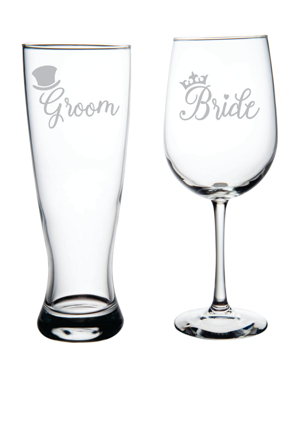 Bride and Groom Wedding glass set with tophat and crown.
