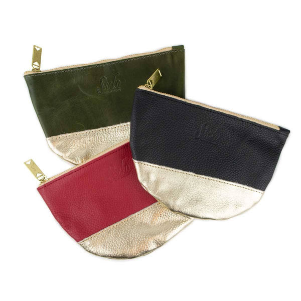Medium Moon Clutch in Pebbled Amore