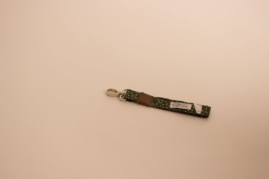Olive Bloom Key Fob