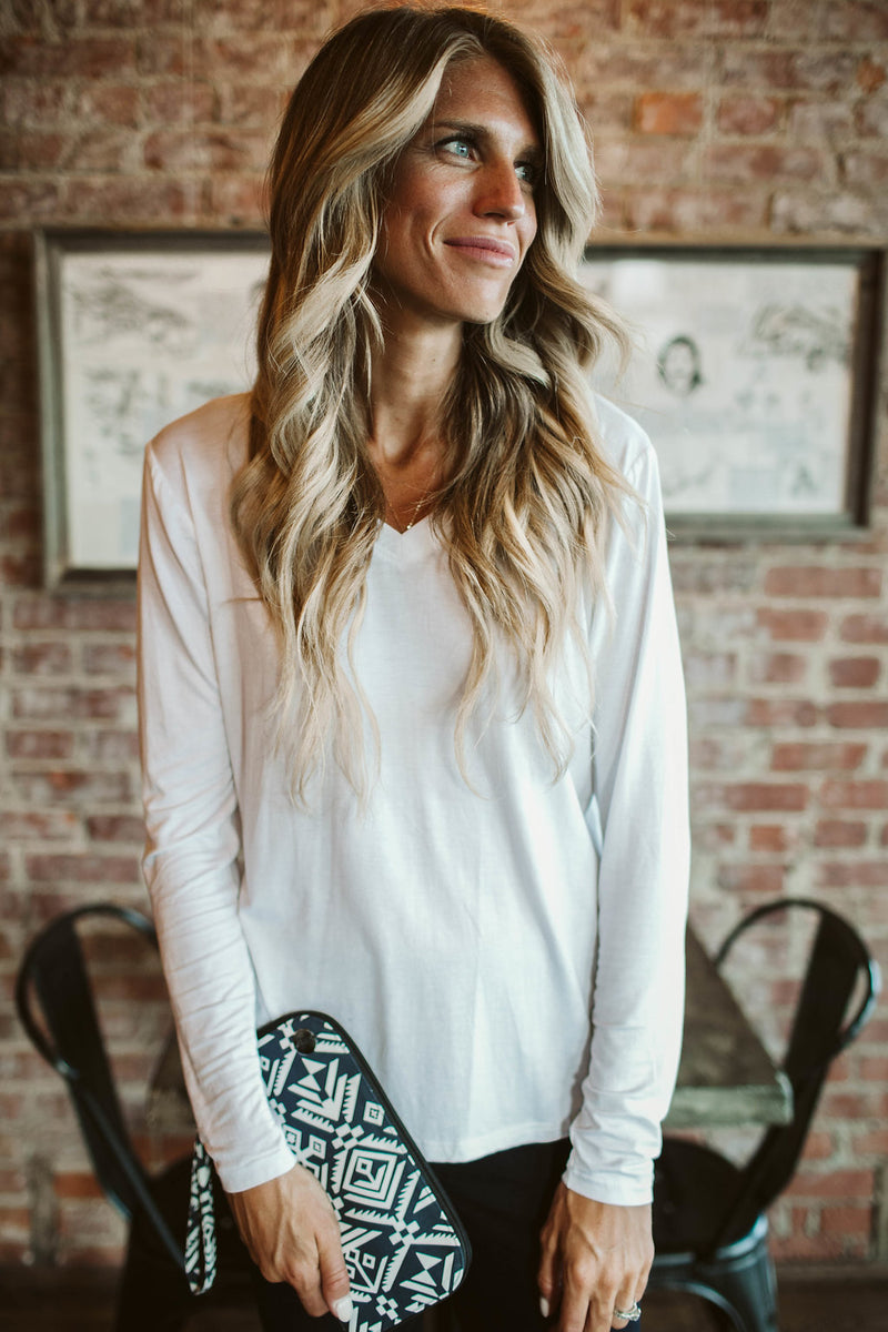 Long-sleeve V-Neck Tee - White