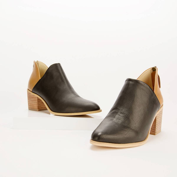 Two-Tone V Boot