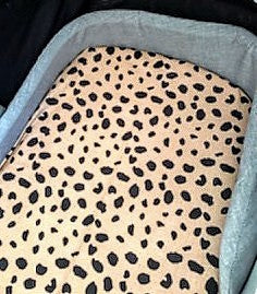 Fitted bassinet or pram sheet