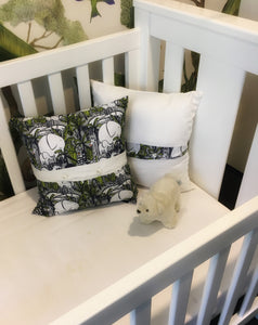 Jungle theme nursery cushion covers in linen. Navy blue and lime colour. Tigers, elephants, crocodiles, giraffes, safari