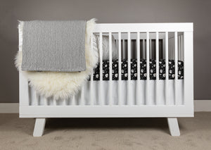Hibernation Crib Bedding Set in Black and White - Olli+Lime