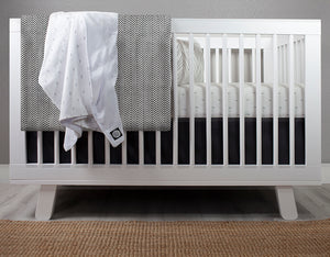Little Bolts Crib Bedding Set Deluxe