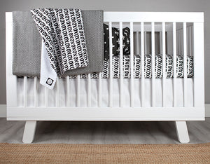 XOXO Crib Bedding Set Deluxe