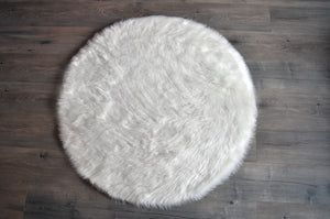 White Round Area Rug  - Faux Sheepskin