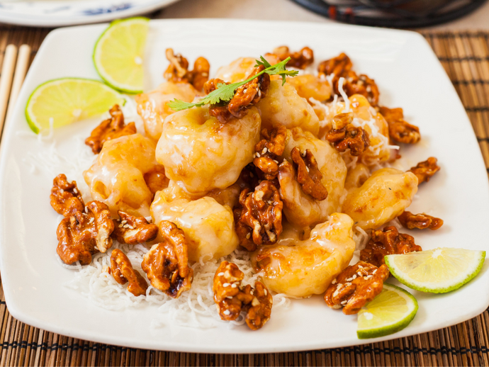 MAYONNAISE SHRIMP WITH CANDIED WALNUTS