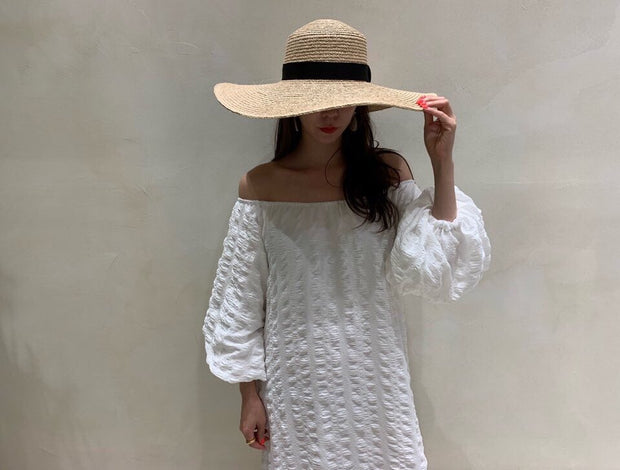 Vivid off-shoulder Dress