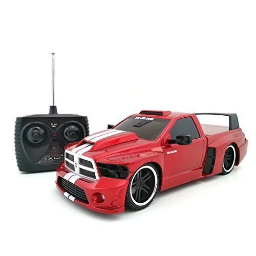 Tri Band Remote Control 1:18 Extreme Machines Dodge Ram Remote Control Car