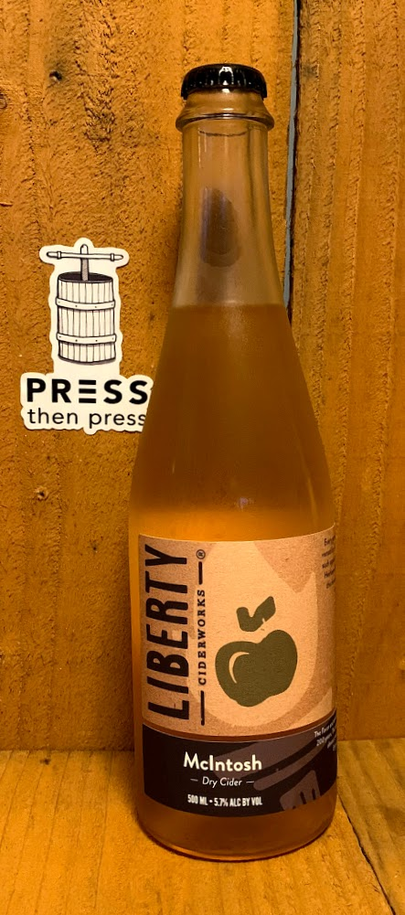 Liberty Ciderworks McIntosh SV 500 mL (8% ABV) TART MELLOW GOLD