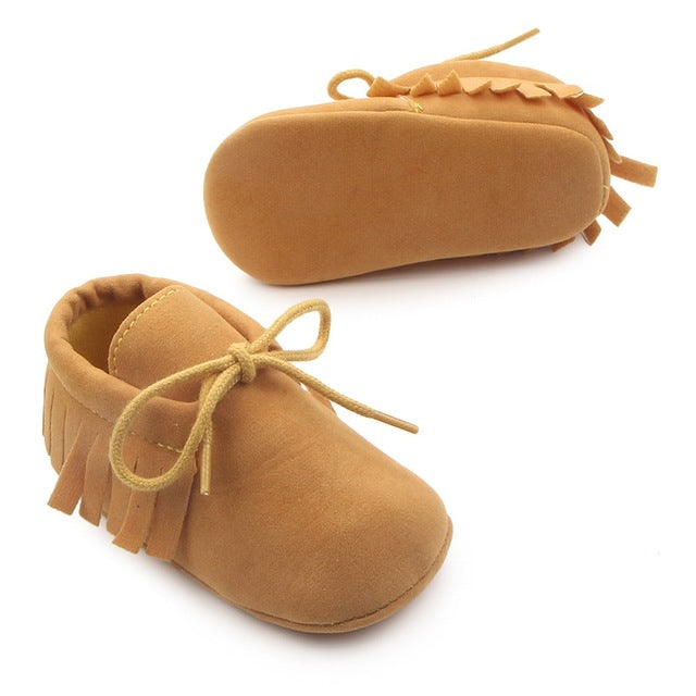 Unisex Bebe Fringe Crib Shoes