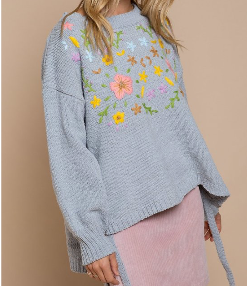 Embroidered Sweater - La Mère Clothing + Goods