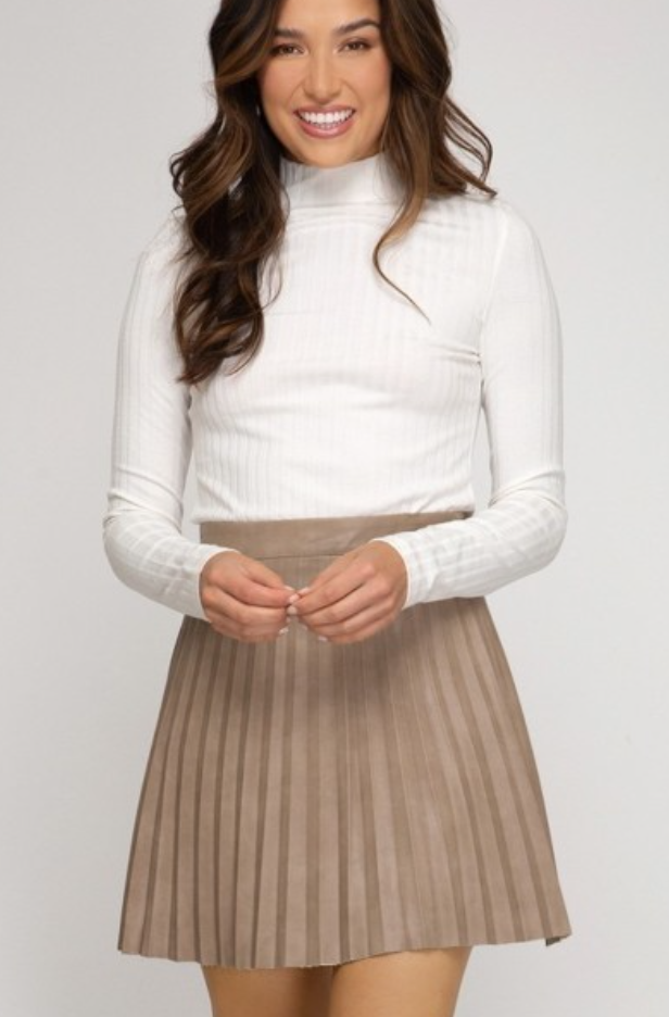 Pleated Mini Skirt - La Mère Clothing + Goods