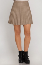 Load image into Gallery viewer, Pleated Mini Skirt - La Mère Clothing + Goods