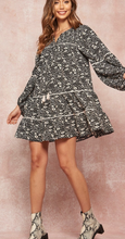 Load image into Gallery viewer, Floral Print Babydoll Tunic Dress - La Mère Clothing + Goods