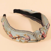 Load image into Gallery viewer, Floral Embroidery Headband - La Mère Clothing + Goods