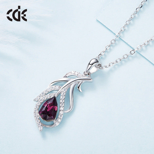 Fashion Feather Pendant Crystals Necklace
