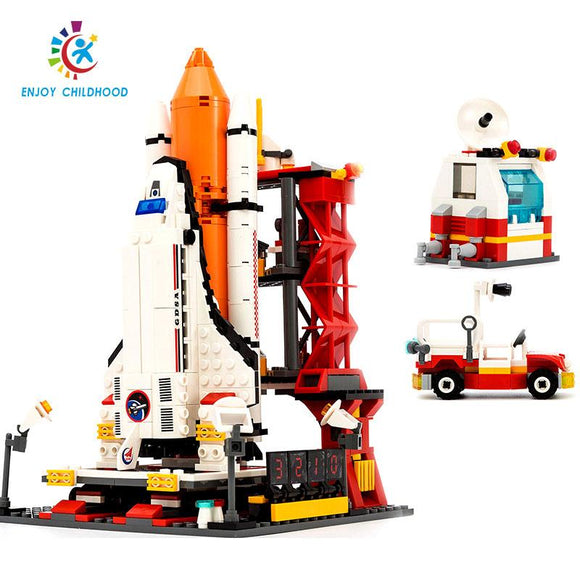 City Spaceport Space The Shuttle Launch Center 679Pcs Bricks Building Block Educational Toys For Children Legoings 8815