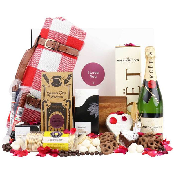 Valentine Picnic Luxury Hamper