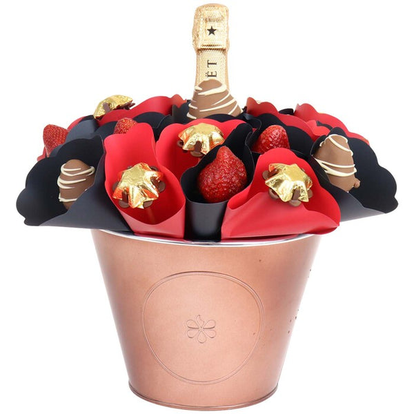 Moet Piccolo Strawberry Dreams Bouquet