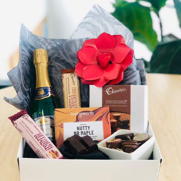 Sparkling Chocolate Hamper